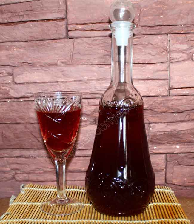 Настойка на спирту боярышника в домашних условиях